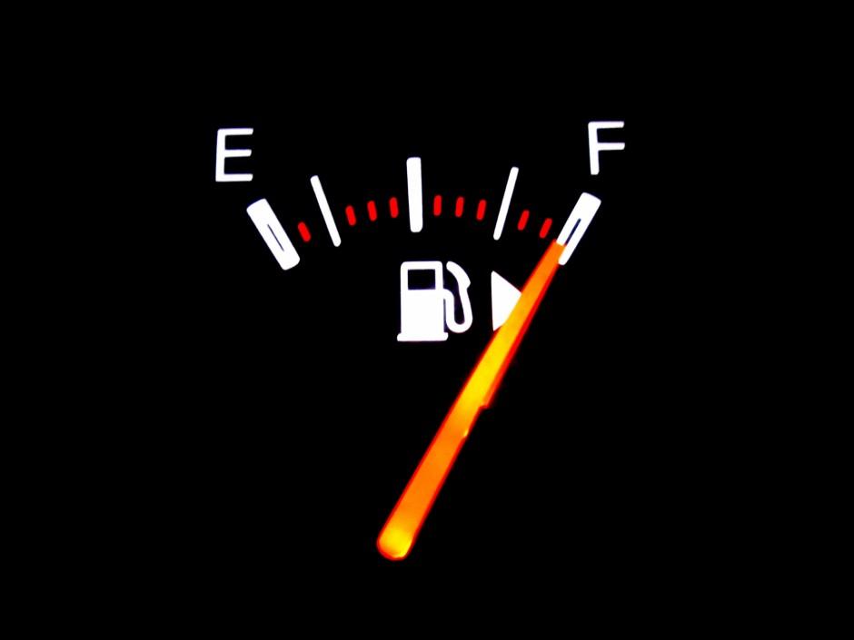 廃車するときのガソリンの対処法